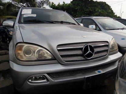 Tokunbo Mercedes-Benz ML350 2003 Model Silver
