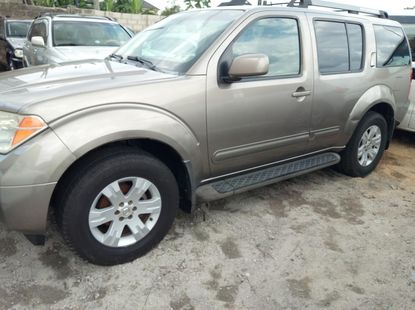 Extra clean Nigeria use Nissan Pathfinder 2006 model