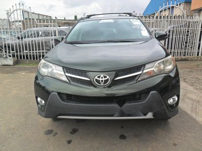 Clean Foreign Used Toyota RAV4 2013 Model for sale in Lagos.