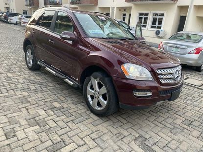 Foreign Used 2006 Red Mercedes-Benz ML350