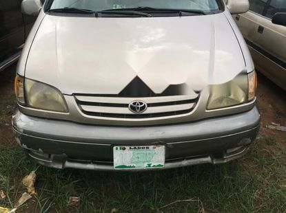 2002 Toyota Sienna for sale Model