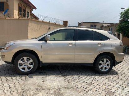 Clean Naija Used Lexus RX330 2005 Model