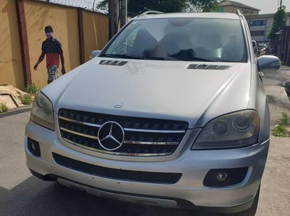 Locally Used 2008 Silver Mercedes-Benz ML350 for sale in Lagos.