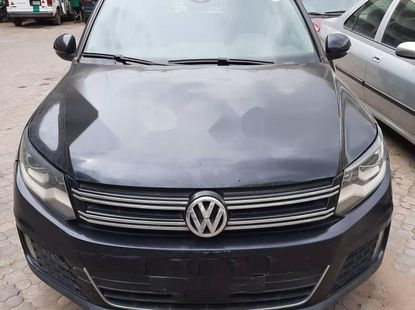 Nigeria Used Volkswagen Tiguan 2011 Model Blue