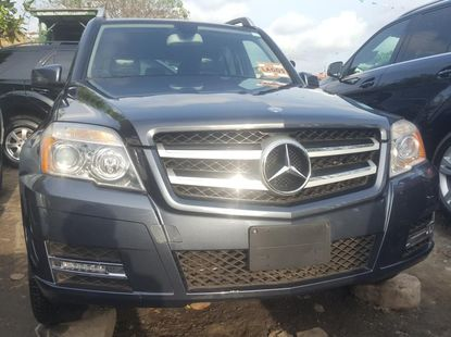 Foreign Used 2011 Grey Mercedes-Benz GLK for sale in Lagos.