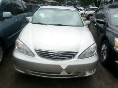 Fully options Tokunbo Toyota Camry 2004 Model for sale