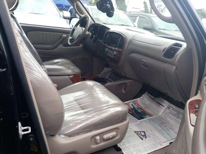 Foreign used 2006 Toyota sequioa