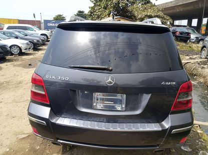 Accident free foreign used 2010 Mercedes Benz GLK350