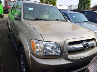 Very sharp foreign used 2006 TOYOTA SEQUOIA