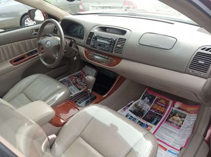 Very clean foreign used 2005 Toyota camry