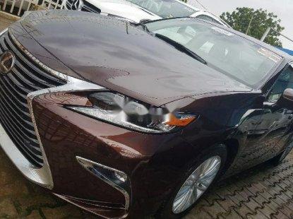 Lexus ES 2017