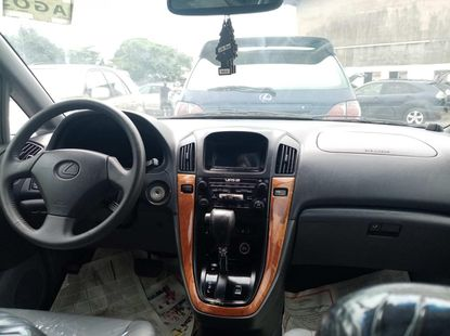 Foreign used 2000 lexus rx300