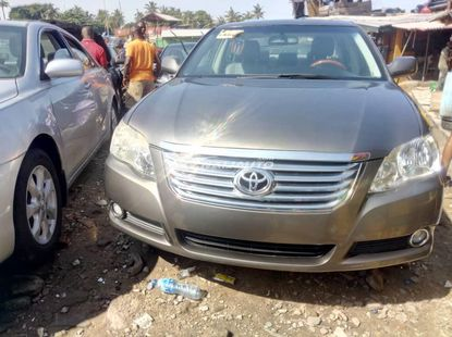 Foreign Used Toyota Avalon 2006 Model