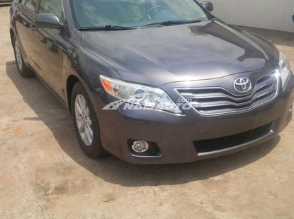 Clean Toyota Camry 2007 model