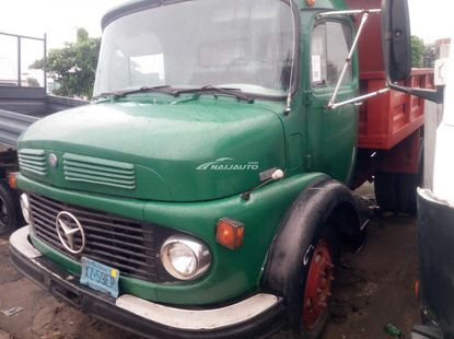Foreign used 1997 Mercedes Benz 1113 tipping truck