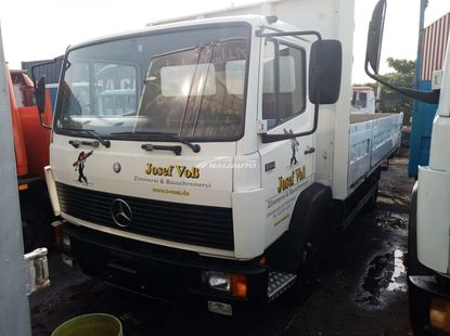 Foreign used Mercedes Benz 814 bucket truck