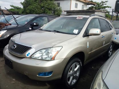 Foreign used 2006 lexus rx330