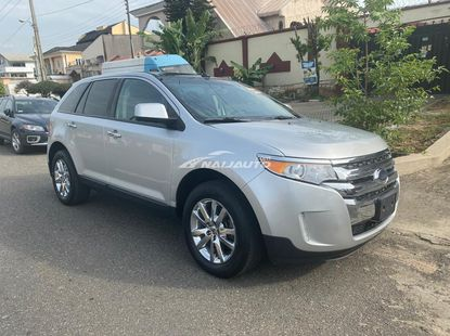 2011 Ford Edge with  Panoramic Roof/Reverse Camera