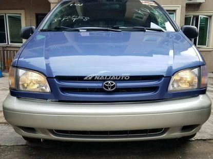 Toyota sienna 2000 model for sale buy and drive