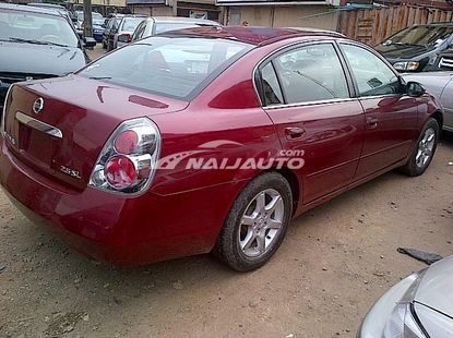 Neat 2002 Nissan Altima 2.5L for sale