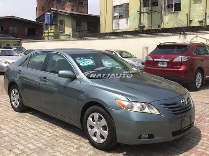 Toyota Camry muscle 2009 model