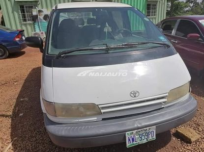 Nigeria used 1999 Toyota Previa is Available