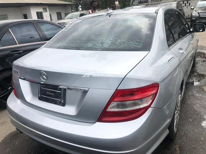Mercedes Benz C300 2009 Model salon for sale