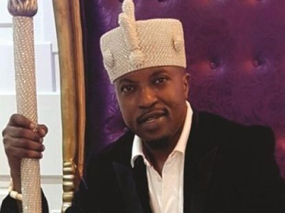 Oluwo Of Iwoland cars and his lifestyle proves his one of the most stylish kings!