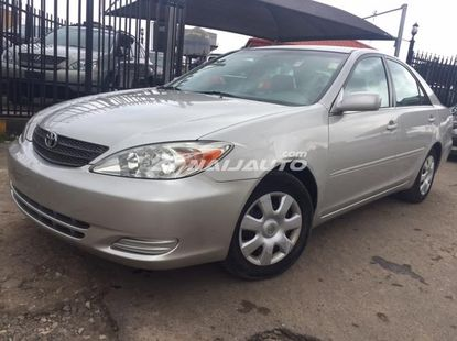 Clean Title Toyota Camry LE 2002 Model