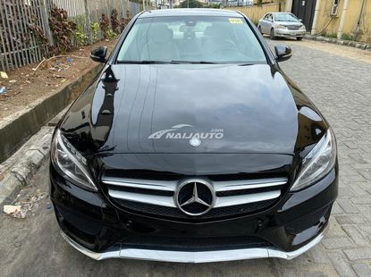Foreign used 2015 Mercedes Benz C300 with panoramic roof