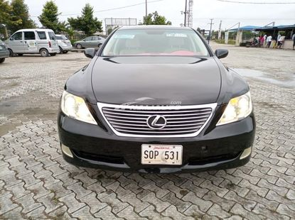 2007 Lexus LS460 foreign used.