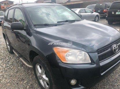 Nigeria used Toyota Rav 4 2010