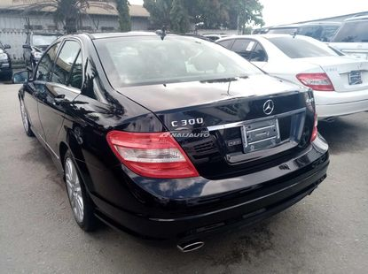 Foreign used 2009 Mercedes Benz C300