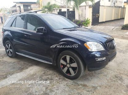 Direct  2008 Mercedes-Benz ML350 With Reverse Camera