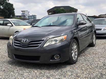 Neatly Used Toyota Camry XLE