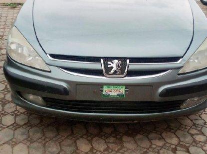 Peugeot 607 2010