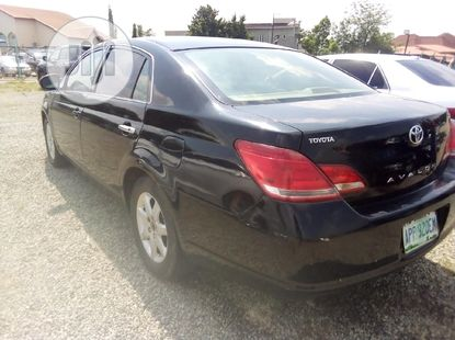 2005 Toyota Avalon for sale in Abuja