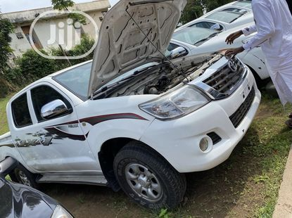 Toyota Hilux 2013 ₦6,500,000 for sale