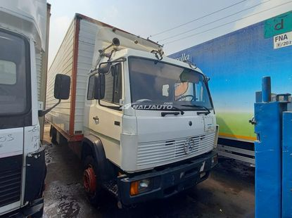 Foreign used Mercedes-Benz 8bolts Container Body truck