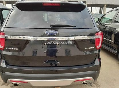 Foreign used 2016 Ford explorer