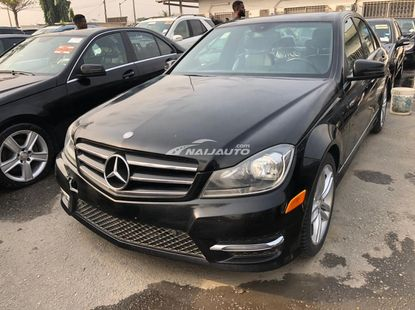 Foreign foreign Used Mercedes Benz C300 2011 Model