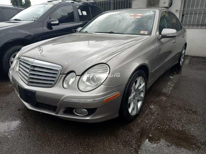 Foreign used 2007 Mercedes benz E350