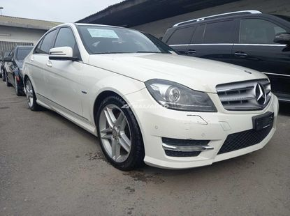 Foreign used 2013 Mercedes benz C350