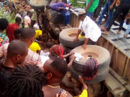 Brake failure causes a truck to crush 20 market women to death in Imo State