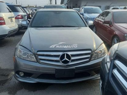 Foreign Used Mercedes-Benz C300 2010