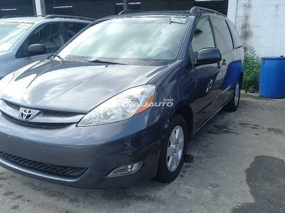 Foreign Used Toyota Sienna 2008