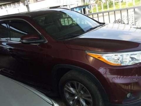 Very clean 2015 tokunbo xle Toyota highlander for sale