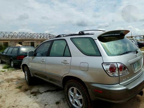Tokunbo Lexus RX300 2000 Gray For Sale