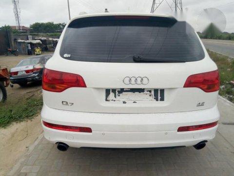 Tokunbo Audi Q7 2010 White for sale