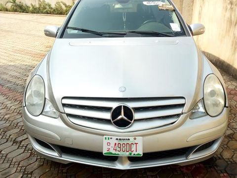 Mercedes Benz R350 2006 Silver for sale
